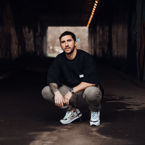 Various Performers - HOT SINCE 82S HEATERS. Chart (2021)